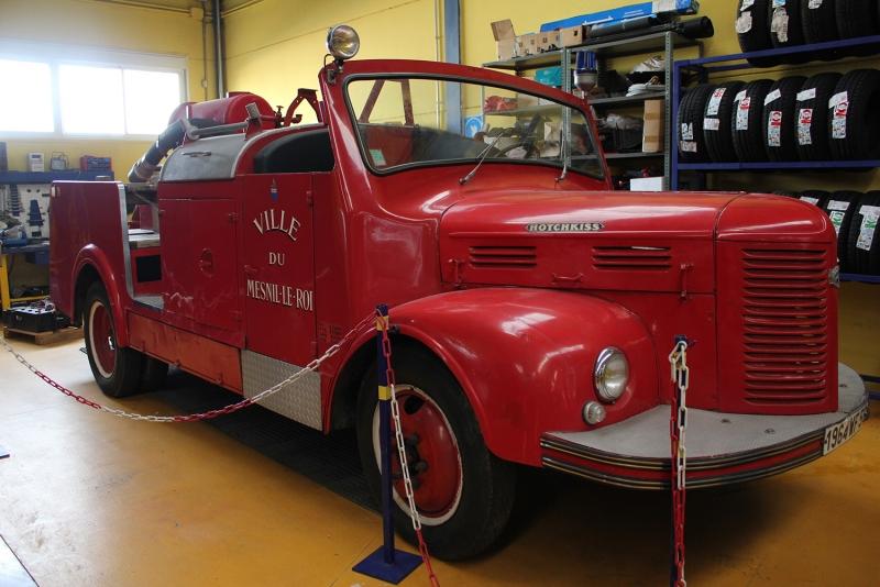 Fragaservi recupera un trozo de historia con la rehabilitaci�n de veh�culos antiguos de bomberos