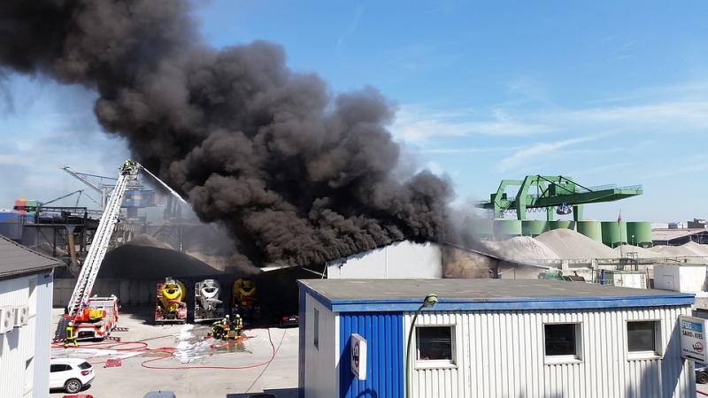 Prevenci�n de incendios en f�bricas e industrias